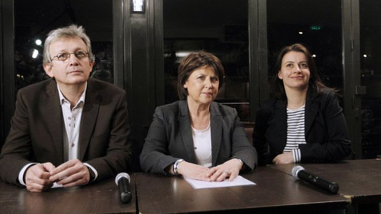 P. Laurent (g), M. Aubry (c), C. Duflot lors d'une conférence de presse à l'issue du 1er tour des cantonales, à Paris (AFP - François Guillot)