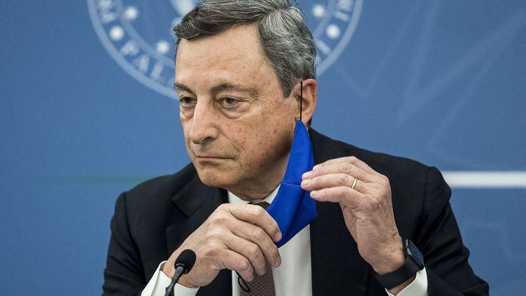 Jeudi 22 juillet, leprésident du Conseil des ministres Mario Draghi a justifié la mise en place début aout du pass sanitaire en Italie (ROBERTO MONALDO / POOL)