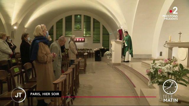 Attentat de Nice : les fidèles rendent hommage aux victimes