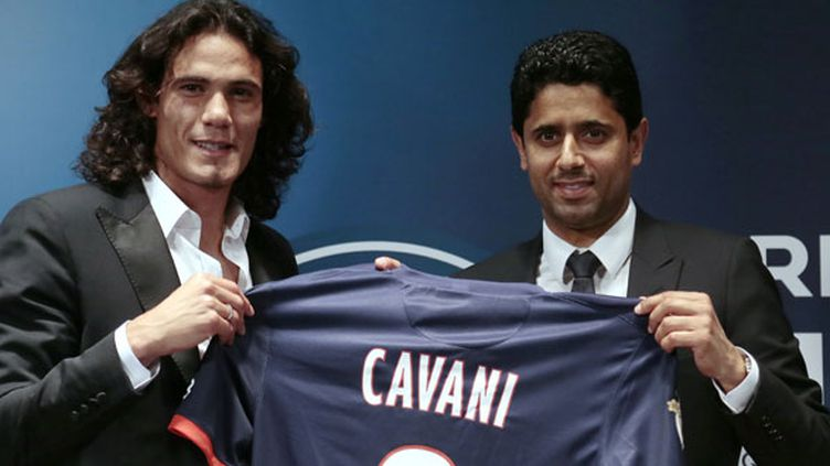 Le PSG est le seul club à venir troubler l'hégémonie des deux géants espagnols. En achetant Edinson Cavani au Napoli pour 64 millions d'euros, le club parisien s'assure la neuvième place du classement. A ce prix, l'Uruguayen est évidemment le joueur le plus cher de l'histoire de la Ligue 1.