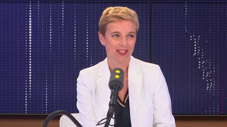 Clémentine Autain, députée La France insoumise de Seine-Saint-Denis, était l'invitée de franceinfo jeudi 29 août. (FRANCEINFO / RADIOFRANCE)