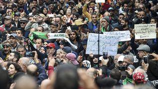 Manifestation à Alger, le 17 décembre 2019. (RYAD KRAMDI / AFP)