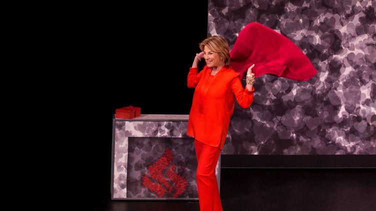 """Nicole Calfan dans """"Deux mensonges et une vérité"""" au Théâtre Montparnasse. (JEEPSTEY)"""