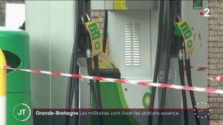 Des stations service hors d'usage, au Royaume-Uni. (France 2)