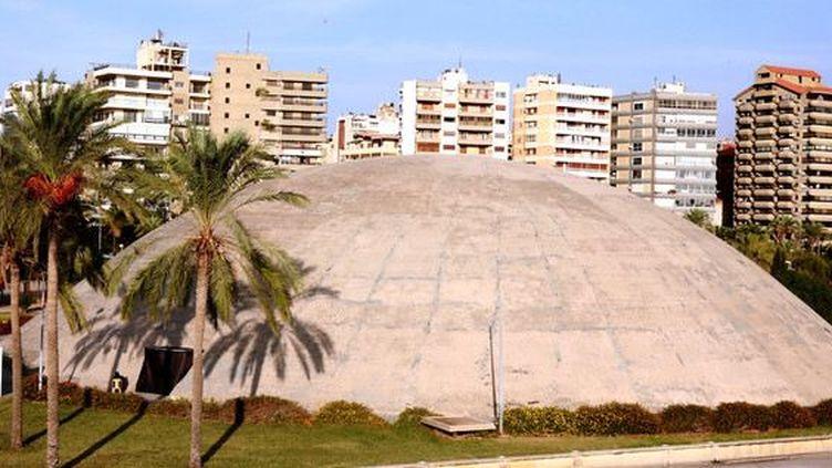 Le dôme dessiné par Oscar Niemeyer à Tripoli(Liban), le 3 octobre 2018. (ANWAR AMRO / AFP)