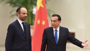 Édouard Philippe et le Premier ministre chinois, Li Keqiang, le 25 juin 2018, à Pékin(Chine). (GREG BAKER / AFP)