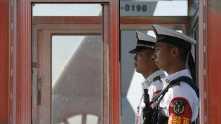 L'homme qui a battu le record du monde de non clignement des yeux travaille comme technicien balistique dans la marine chinoise. (? EDGAR SU / REUTERS / X90125)
