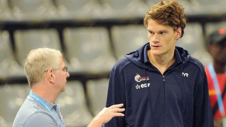 L'entraîneur américain Bob Bowman et le nageur français Yannick Agnel