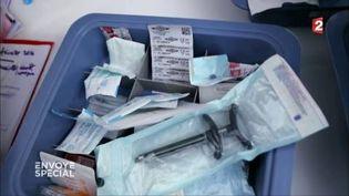 """Chez Dentexia, les """"conseillères cliniques"""" étaient chargées de faire du chiffre (FRANCE 2 / FRANCETV INFO)"""