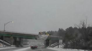 Une tempête de neige frappe les États-Unis (CAPTURE ECRAN FRANCE 2)