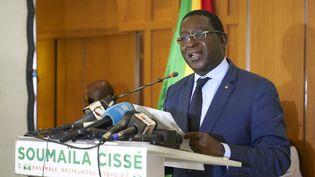 L'opposant malien Soumaïla Cissé durant une conférence de presse à Bamako, la capitale malienne, le 17 août 2018. (MICHELE CATTANI / AFP)
