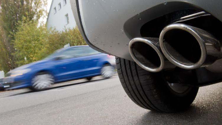 La France est championne d'Europe en la matière avec près de 9millions de véhicules concernés. (JULIAN STRATENSCHULTE / DPA)