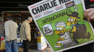 """La publication de caricatures de Mahomet dans """"Charlie Hebdo"""" mercredi 19 septembre, oblige la France à renforcer la sécurité autour de ses ambassades. (SIPA)"""