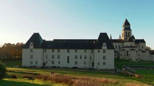 Val de Loire : à Fontevraud, un musée va accompagner l'abbaye (France 3)