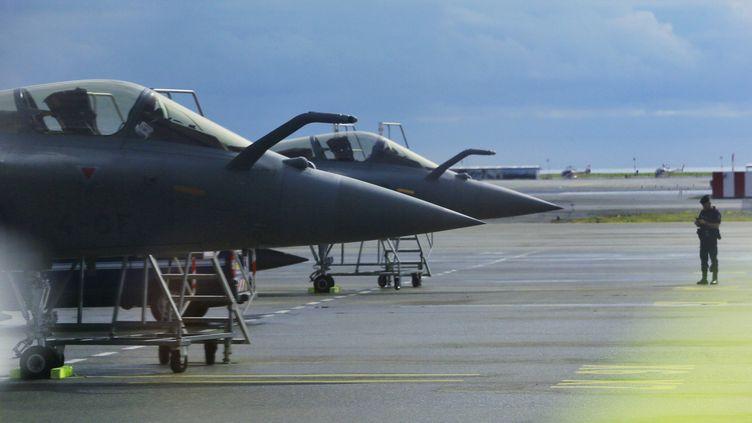 (Les exportations d'armes françaises sont en forte progression notamment grâce aux commandes de l'avion Rafale. © MaxPPP)