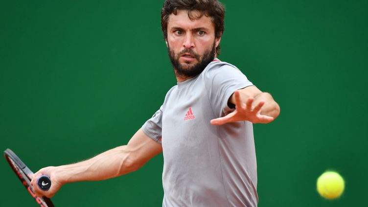 Gilles Simon, sorti d'entrée au tournoi de Lyon (YANN COATSALIOU / AFP)
