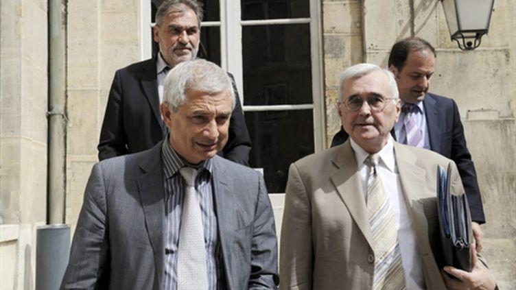 Claude Bartolone (à gauche) à Paris le 21 juillet 2010 (AFP - BORIS HORVAT)