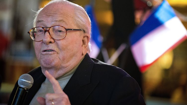 Jean-Marie Le Penà Aubigny (Vendée), le 17 janvier 2015. (JEAN-SEBASTIEN EVRARD / AFP)