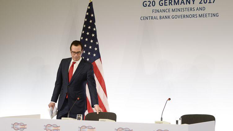 Le secrétaire d'Etat américain au Trésor, Steven Mnuchin , arrive au G20 de Baden-Baden (THOMAS KIENZLE / AFP)
