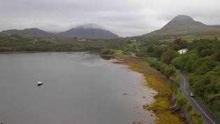 France 2 poursuit son feuilleton consacré à l'Irlande. Mardi 19 novembre, cap vers les falaises de Moher. (FRANCE 2)
