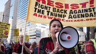 Manifestation à Chicago contre Donald Trump le 19 février. (MAX HERMAN / NURPHOTO)