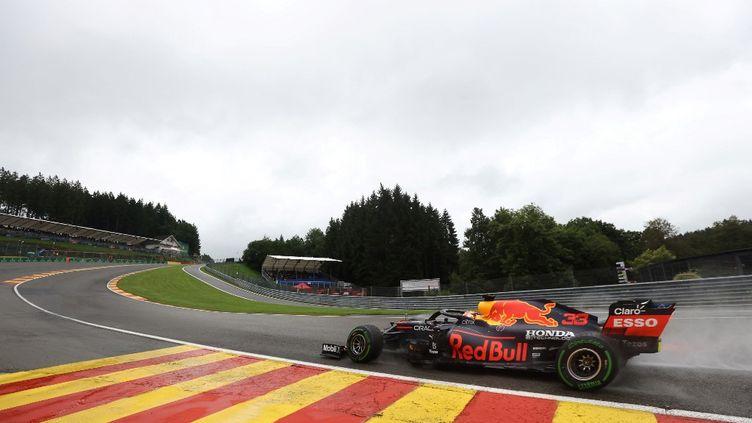 Max Verstappen sur le circuit de Spa-Francorchamps, le 28 août 2021. (KENZO TRIBOUILLARD / AFP)