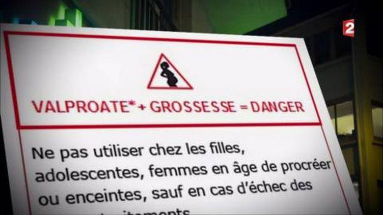 """Bientôt un pictogramme """"danger"""" sur les boîtes deDépakine. (FRANCE 2 / FRANCETV INFO)"""