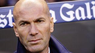 L'entraîneur du Real Madrid, Zinédine Zidane, lors du déplacement de son équipe à La Corogne, mercredi 26 avril 2017 au stade de Riazor (Espagne). (JOSE MANUEL ALVAREZ REY / NURPHOTO / AFP)