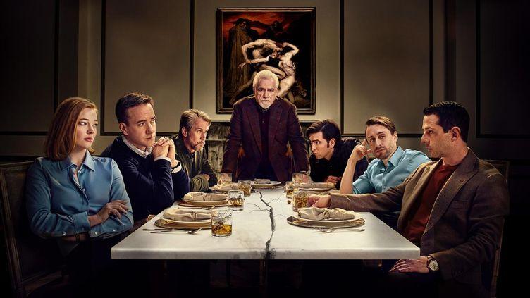 Le patriarche Logan Roy, entouré de son clan. (HBO)
