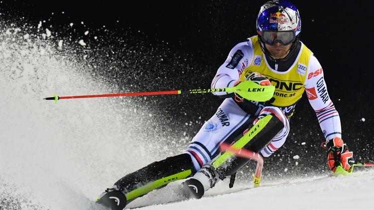 Alexis Pinturault sur le slalom de Madonna di Campiglio. (TIZIANA FABI / AFP)