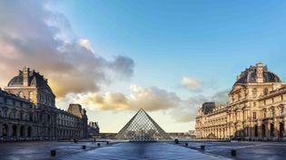 Vue de la Pyramide du Louvre (© Ieoh Ming Pei © 2019 musée du Louvre_Nicolas Guiraud)