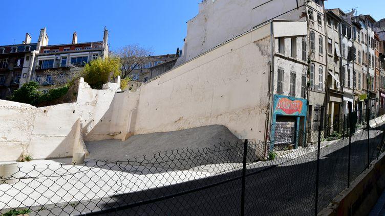 La rue d'Aubagne à Marseille le 04 avril 2020. (GEORGES ROBERT / PHOTOPQR / LA PROVENCE / MAXPPP)