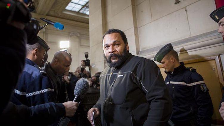 (Dieudonné au tribunal correctionnel de Paris ce mercredi © Maxppp)