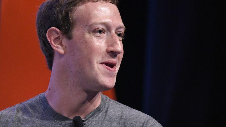 Mark Zuckerberg, lors d'une conférence à Palo Alto (Californie), le 24 juin 2016. (MANDEL NGAN / AFP)