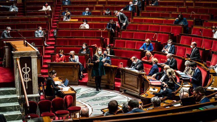 Une session de questions au gouvernement à l'Assemblée nationale, le 25 mai 2021. (XOSE BOUZAS / HANS LUCAS / AFP)