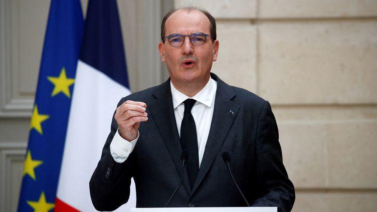 Le Premier ministre, Jean Castex, lors d'une conférence de presse, à l'Elysée, à Paris, le 28 avril 2021. (GONZALO FUENTES / AFP)