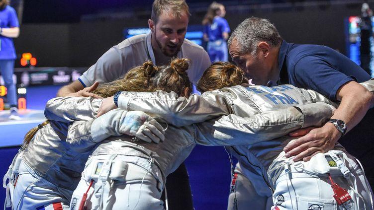 Les dernièresrecommandationsavant de monter sur la piste des championnats du monde de 2019. (BIZZI TEAM)