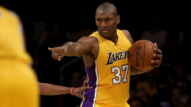L'ailier américain des Los Angeles Lakers, Metta World Peace. (SEAN M. HAFFEY / GETTY IMAGES NORTH AMERICA)