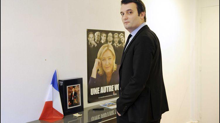 Florian Philippot, le numéro deux du FN, dans son bureau à Nanterre (Hauts-de-Seine) le 4 janvier 2013. (ERIC BAUDET / SIPA)