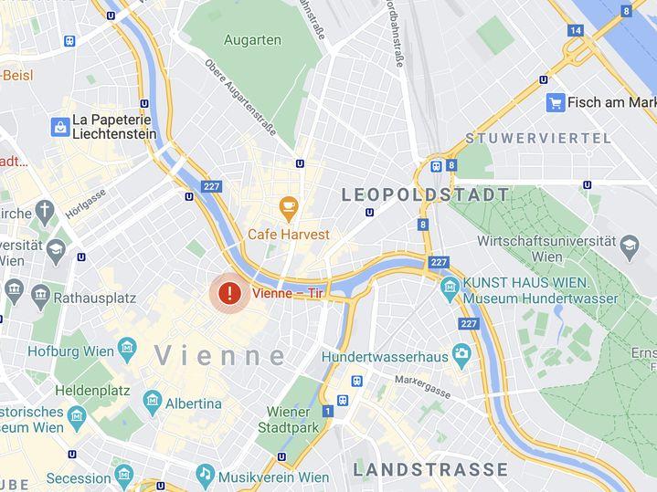 L'attaque s'est déroulée dans le centre-ville de Vienne, à proximité du Stadttempel, la grande synagogue. (GOOGLE MAPS / FRANCETV INFO)