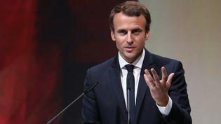 Emmanuel Macron prononce un discours à la Foire du livre de Francfort (Allemagne), le 10 octobre 2017. (LUDOVIC MARIN / AFP)