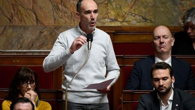 Le député LFI de Gironde Loïc Prud'homme, le 18 décembre 2018, à l'Assemblée nationale. (LIONEL BONAVENTURE / AFP)