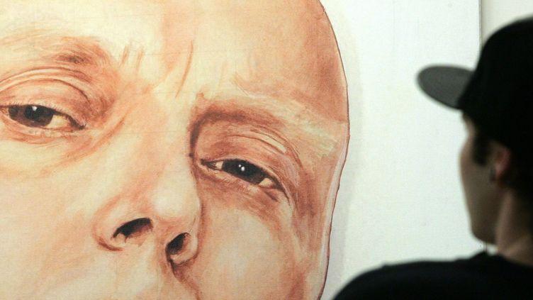 Un portrait d'Alexandre Litvinenko à la galerie Marat-Guelman de Moscou (2007).  (Reuters /Sergei Karpukhin)