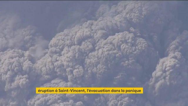 Saint-Vincent : évacuation de la population après l'éruption du volcan de la Soufrière