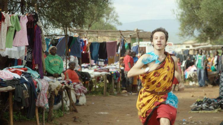 Gabriel Buchmann était un étudiant en économie. Il a été retrouvé mort au Malawi en 2009 après plus de dix mois de tour du monde. «Gabriel et la montagne» retrace ses 70 derniers jours en Afrique. (Version Originale / Condor)
