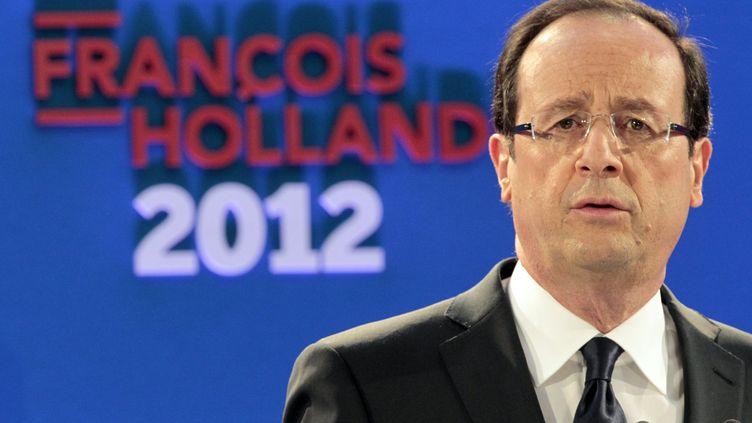 François Hollande présente son programme à la presse, le 26 janvier 2012 à Paris. (CHARLES PLATIAU / REUTERS)