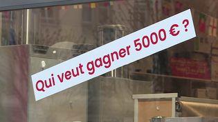 À Strasbourg (Bas-Rhin), le patron d'une droguerie est prêt à tout pour trouver un repreneur. Il a promis d'offrir 5 000 euros à la personne qui mettrait la main sur la perle rare. (FRANCE 3)