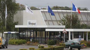 Entrée de l'usine Whirpool d'Amiens. Image d'illustration. (FRED HASLIN / MAXPPP)