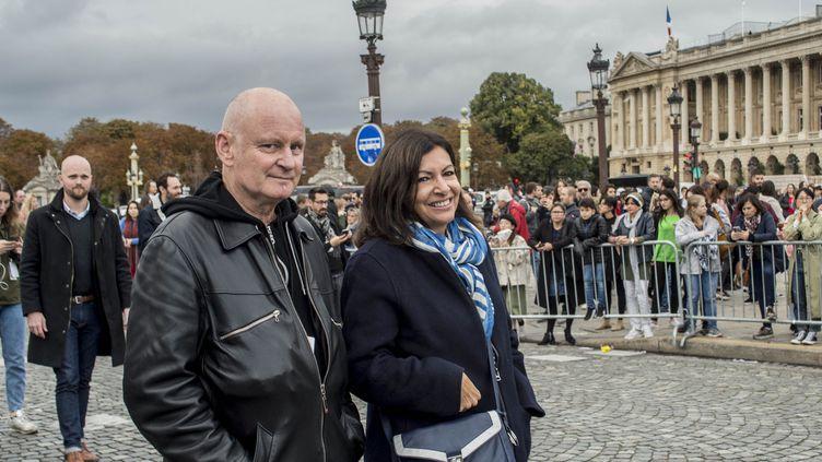 Christophe Girard, adjoint pour la culture et Anne Hidalgo, maire de Paris, ici en octobre 2019 lors du lancement officiel de la Nuit Blanche 2019. (PATRICK GELY/SIPA)