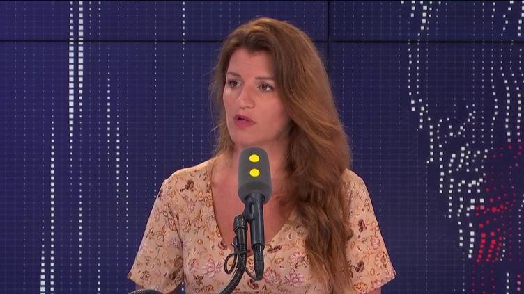 """Marlène Schiappa, secrétaire d'État chargée de l'Égalité entre les femmes et les hommes, invitée du """"8h30 politique"""", mercredi 7 août 2019. (FRANCEINFO / RADIOFRANCE)"""